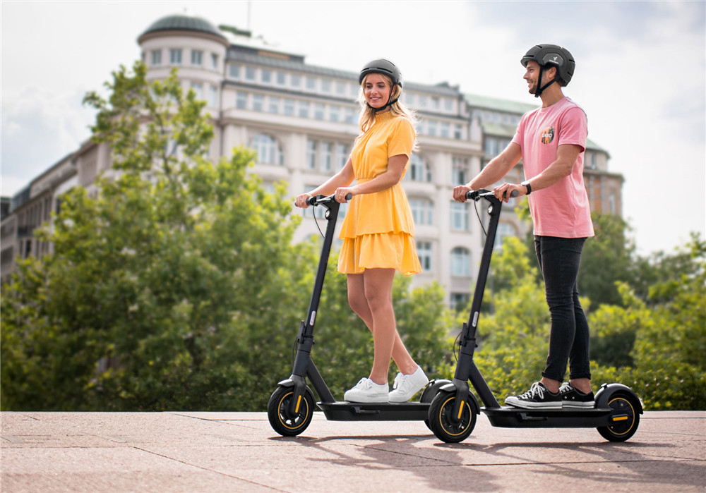Xiaomi Ninebot MAX G30P Electric Scooter 350W Motor Max 30km/h Black