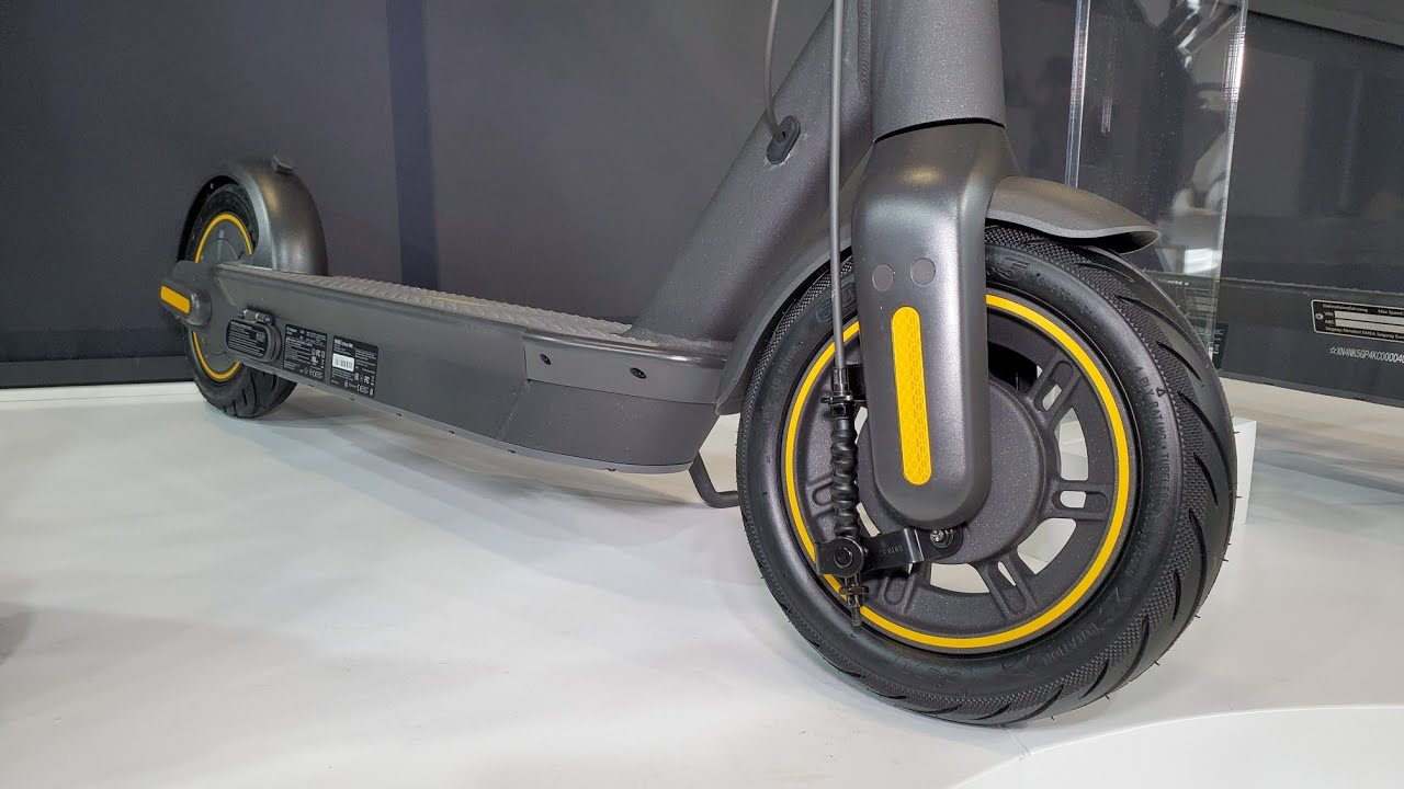 Ninebot Kickscooter Max G30 & G30D 65km eScooter First Look! IFA19 - YouTube